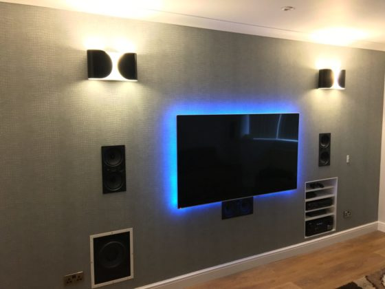 Extravagent living room system - March 2017
